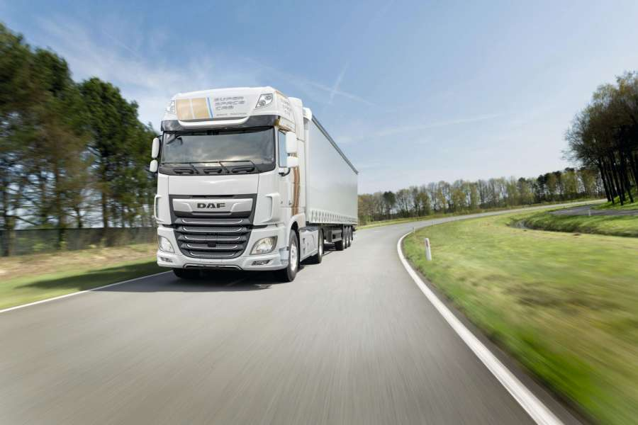 DAF Trucks stellt die luxuriöse und mit dekorativem Striping versehene Sonderedition des Super Space vor, um die Produktion des 250.000sten DAF XF mit Super Space Cab zu zelebrieren | DAF Trucks. Bild: DAF Super Space Cab